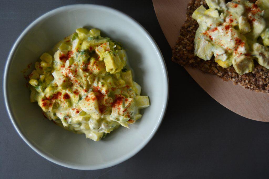 Avokado-eggesalat